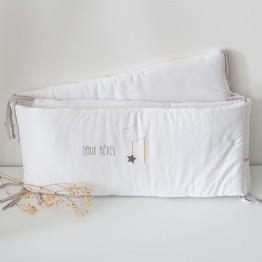 Parure de lit bébé – Etoiles de douceur