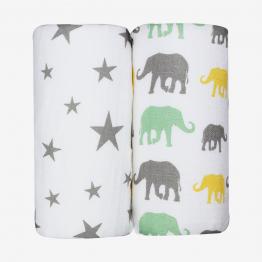 2 diapers - Noah