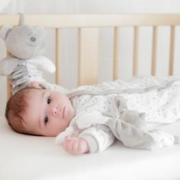 """Dors bien naissance blanc étoilé """"Un amour de bébé"""""""