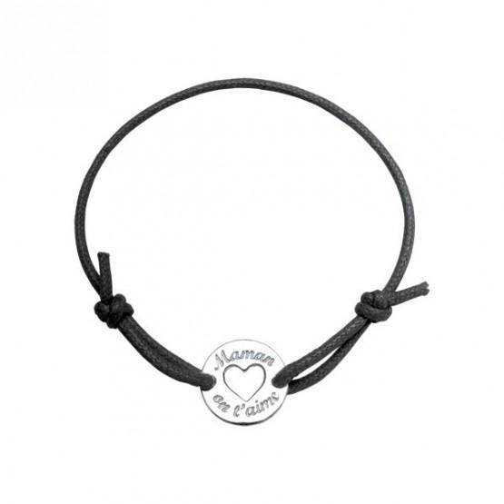 "Engraved tag ""Mum we love you"" on a black cordon bracelet"