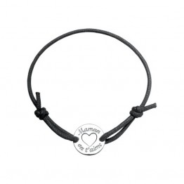 "Engraved tag ""Mum we love you"" on a black cordon bracelet"