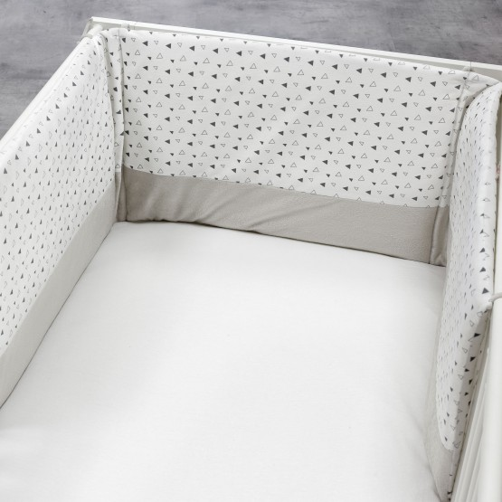 Tour de lit bébé - Triangles blanc/gris